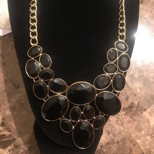 NWT black and gold tone necklace